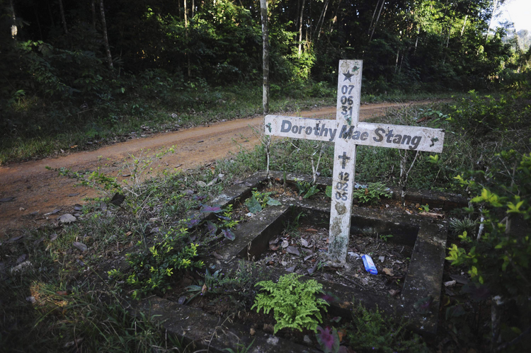 A cross stands on the spot where U.S. Sister Dorothy Stang, a member of the Sisters of Notre Dame de Namur, was murdered Feb. 12, 2005, on an isolated road near the Brazilian town of Anapu. (CNS photo/Lunae Parracho, Reuters)