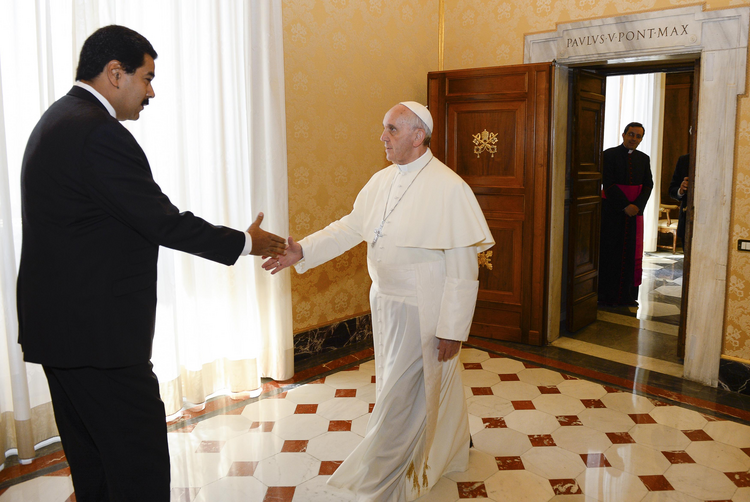 PEACEMAKER? Pope Francis meets with Venezuela's President Nicolas Maduro at the Vatican, June 13, 2013.