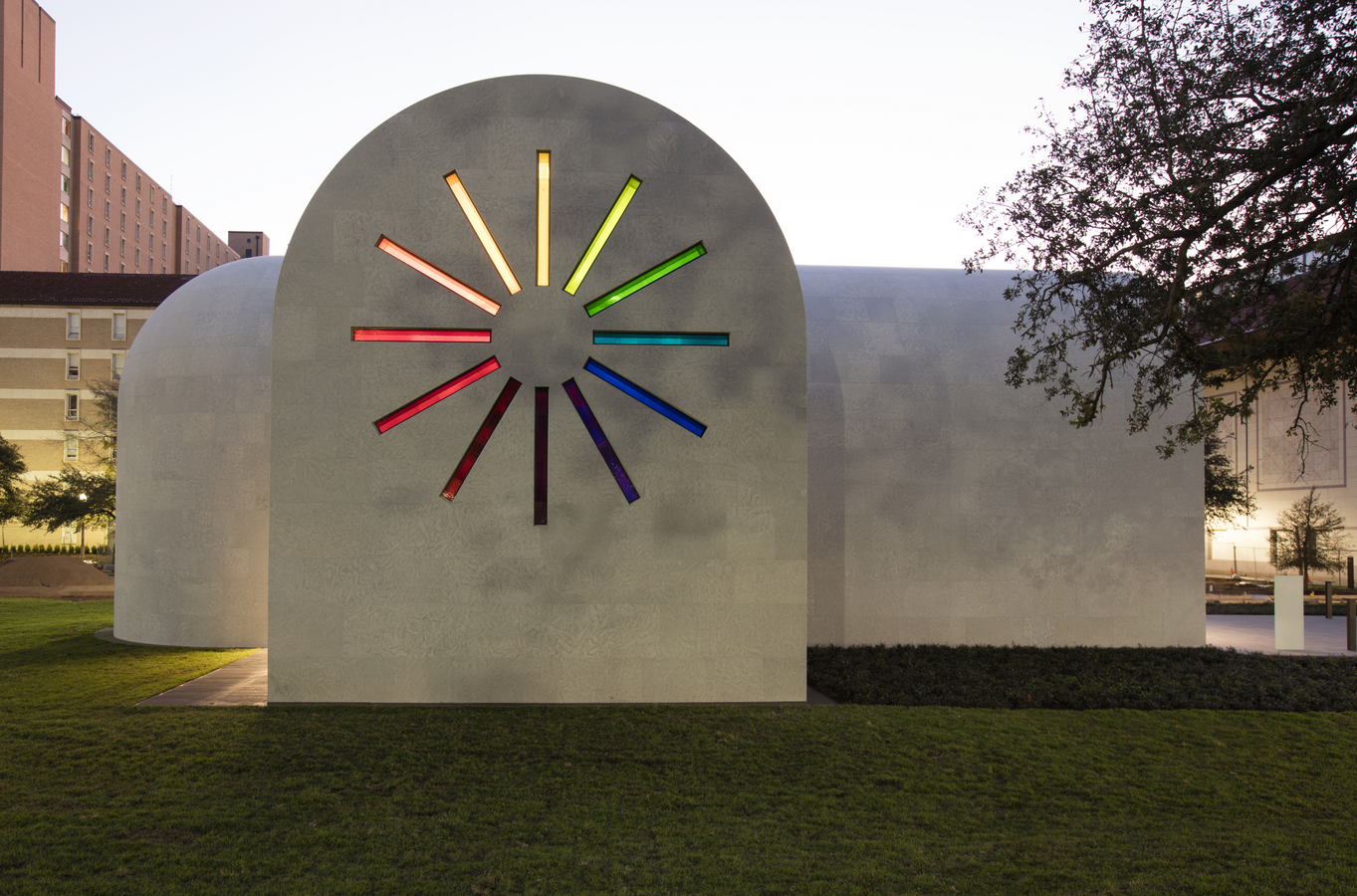 Ellsworth Kelly's 'Austin,' west facade (photo: Blanton Museum of Art, The University of Texas at Austin)