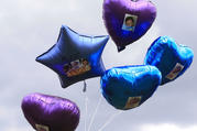 Supporters released balloons upon Alfie Evans's death on April 28. (AP photo)