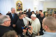 PRISON BREAK. Pope Francis blesses prisoners from Pisa and Pianosa jails during a private meeting, Feb.19.