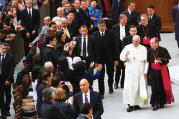 REUNION. Pope Francis waves during a special audience with members of the Catholic Fraternity of Charismatic Covenant Communities and Fellowships at the Vatican, Oct. 31.