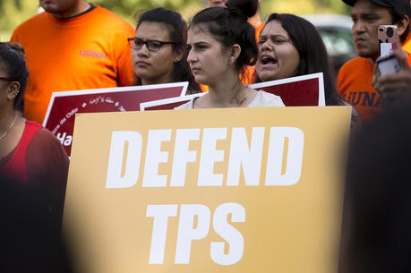 Protestors rally to support Temporary Protected Status near the U.S. Capitol in Washington on Sept. 26. (CNS photo/Tyler Orsburn)